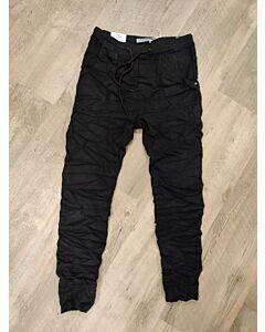 Karostar Zwarte broek K8146-1